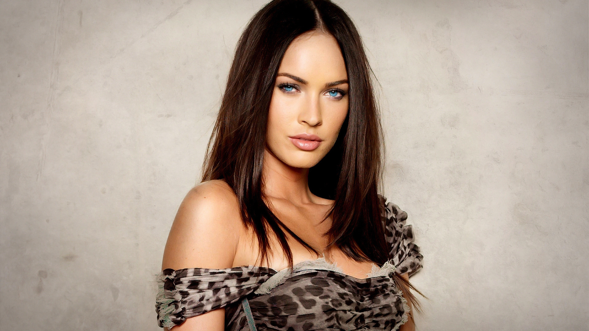 Beautiful Megan Fox Wallpaper | 7.TH