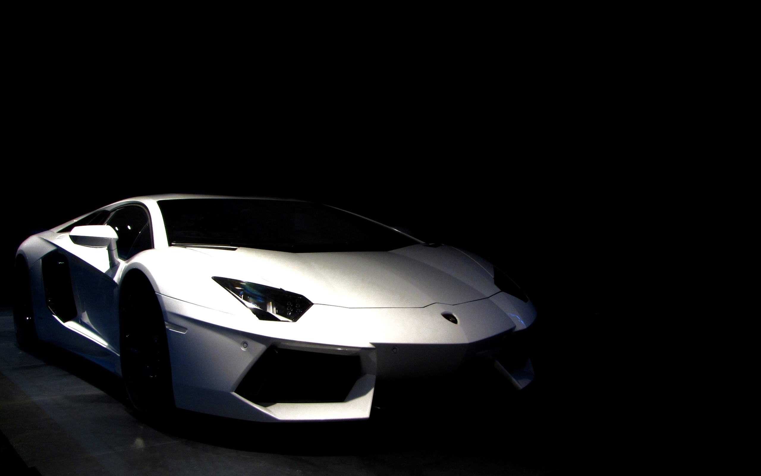 High Quality Lamborghini Aventador Wallpapers | Full HD Pictures