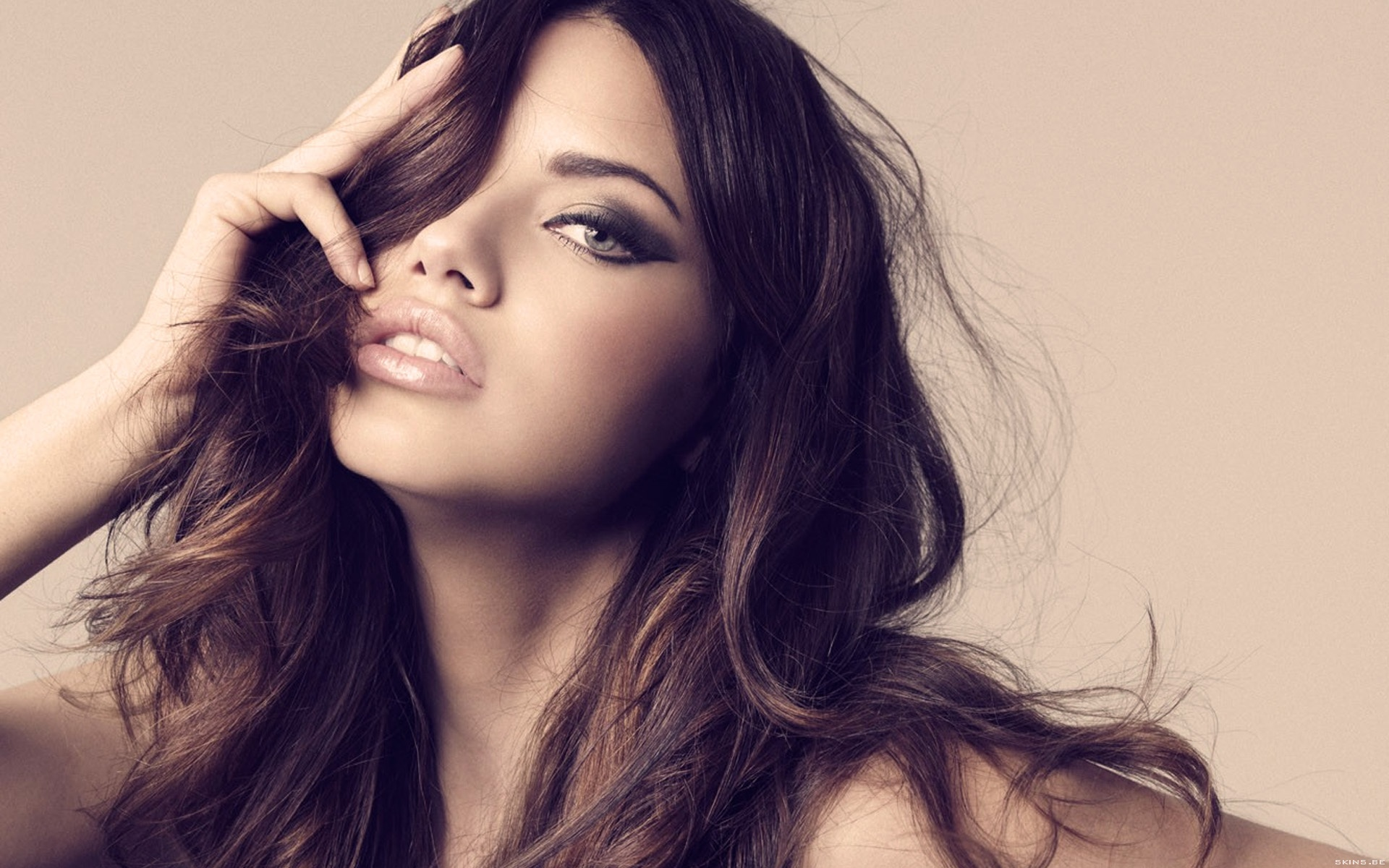 New Adriana Lima HD Wallpapers